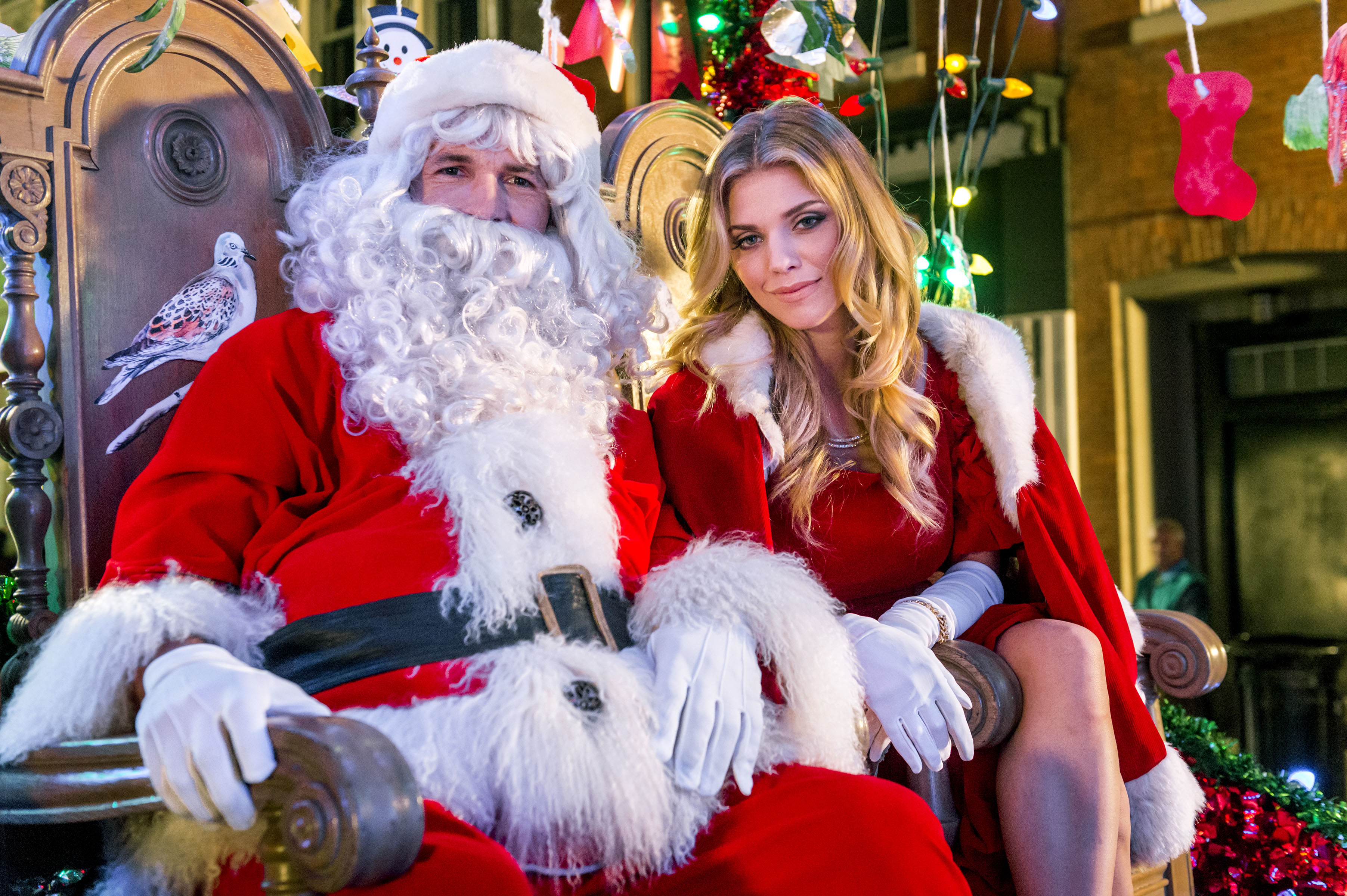 Drew scott and annalynne mccord star in quot the christmas parade quot photo